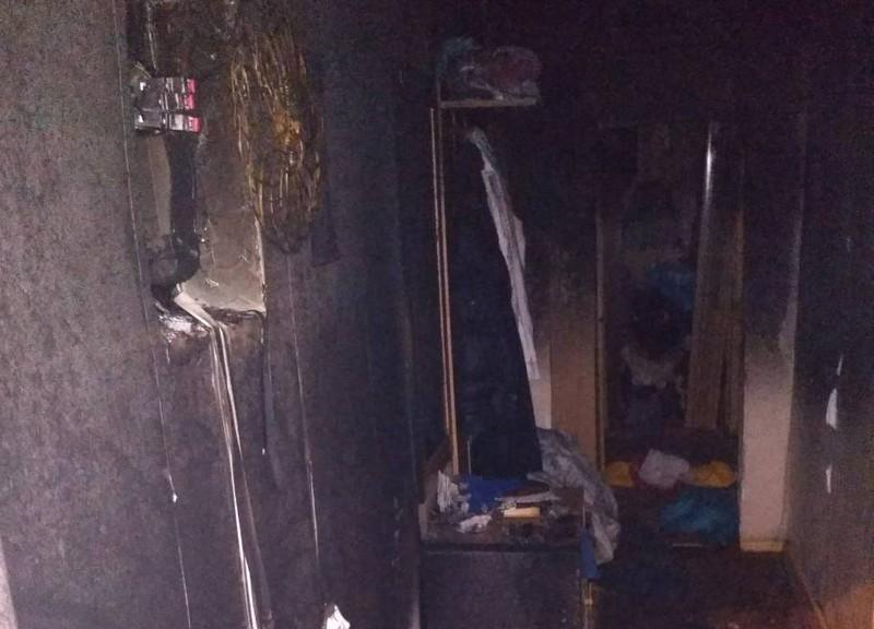 Пожежа в п'ятиповерхівці: рятувальники розповіли подробиці