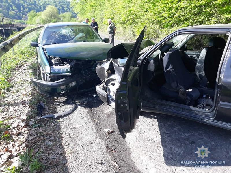На Ужгородщині сталася аварія. Є чимало постраждалих