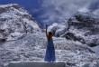 Мукачівка Ірина Галай здивувала фотосесією у вечірньому платті на висоті понад 5 тисяч метрів