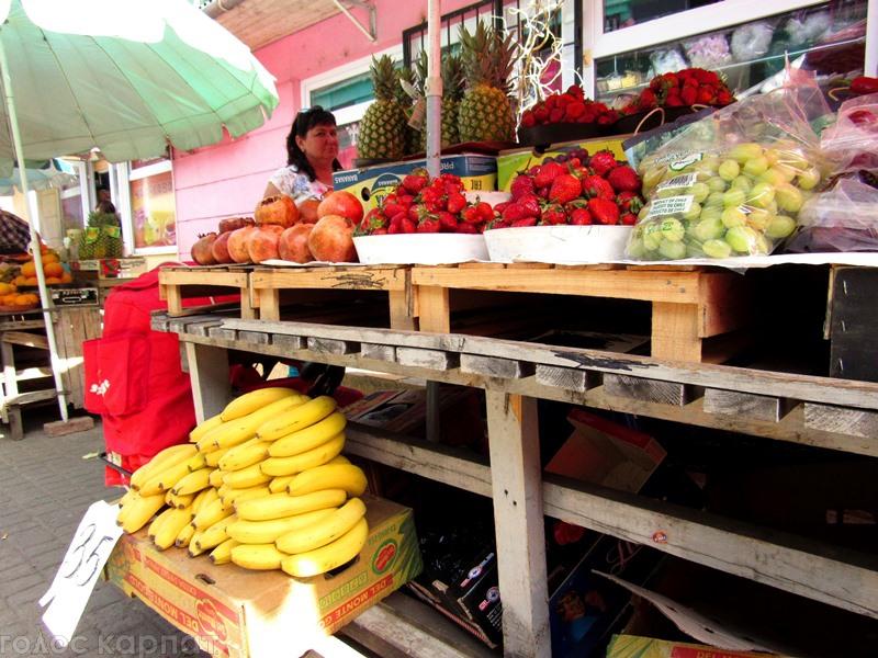 У Мукачеві полуниця стрімко дешевіє