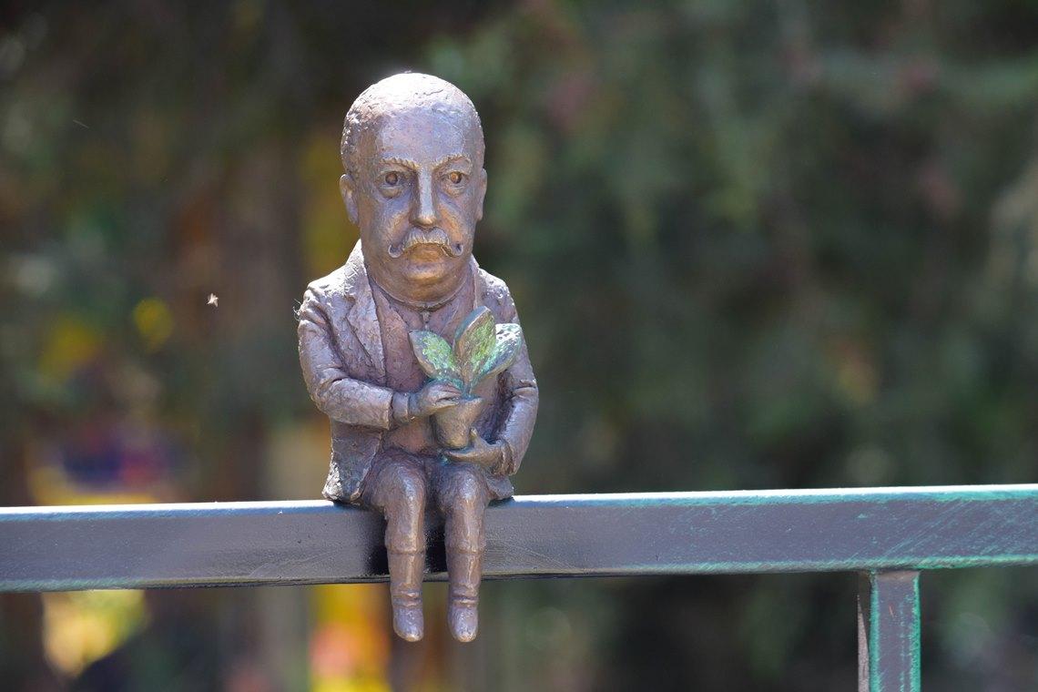 В Ужгороді з'явилась нова міні-скульптурка