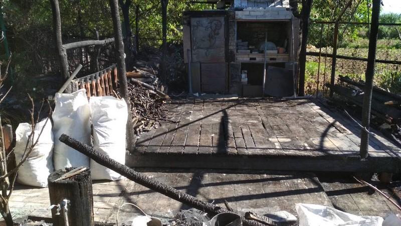 8 рятувальників гасили пожежу на Ужгородщині