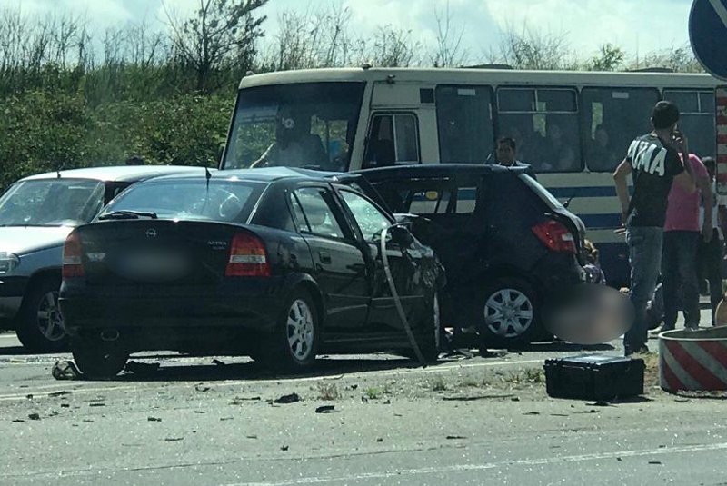 Моторошна ДТП на Ужгородщині: одна людина загинула, багато постраждалих