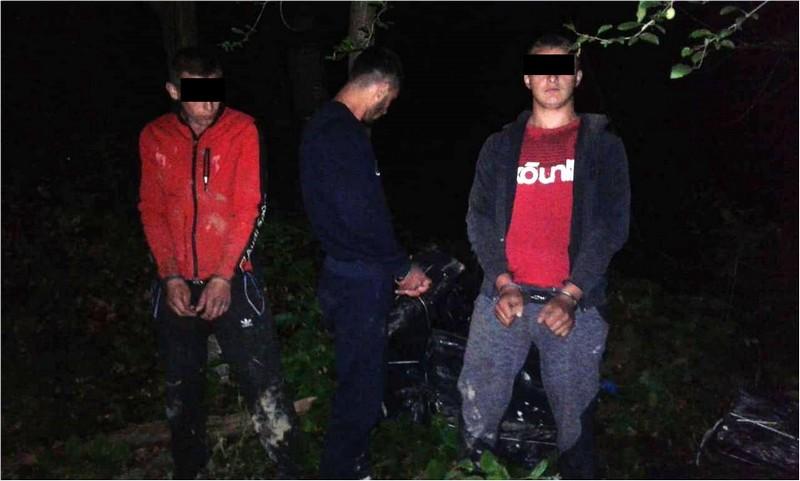 Трьох хлопців затримали поблизу кордону