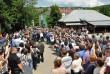 Порошенка у Воловці прийшли побачити кілька сотень людей