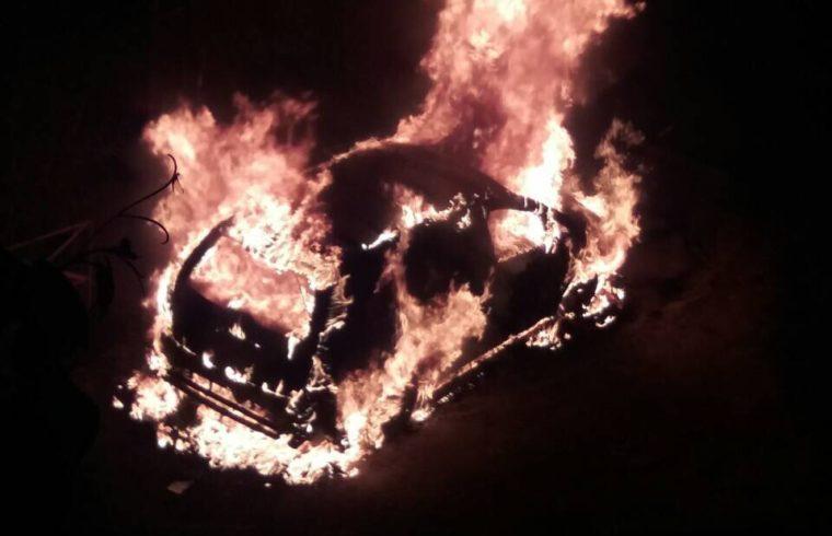 В мережі з'явилось відео з місця резонансного підпалу автівки прокурора