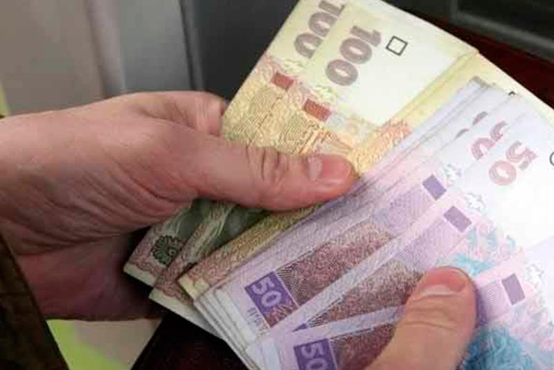 Мінімальна зарплата до кінця року може зрости: названо суму