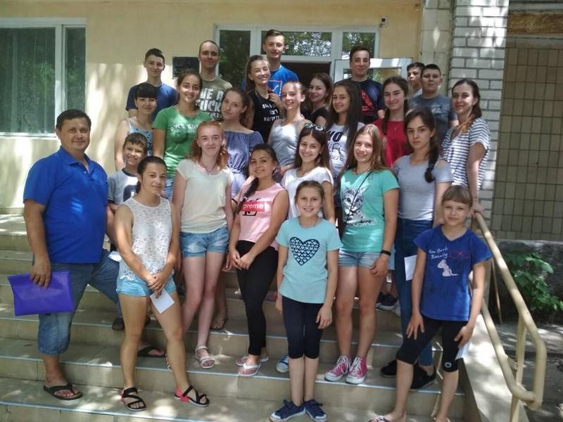 24 мукачівських школярів поїхали на море за кошти міського бюджету