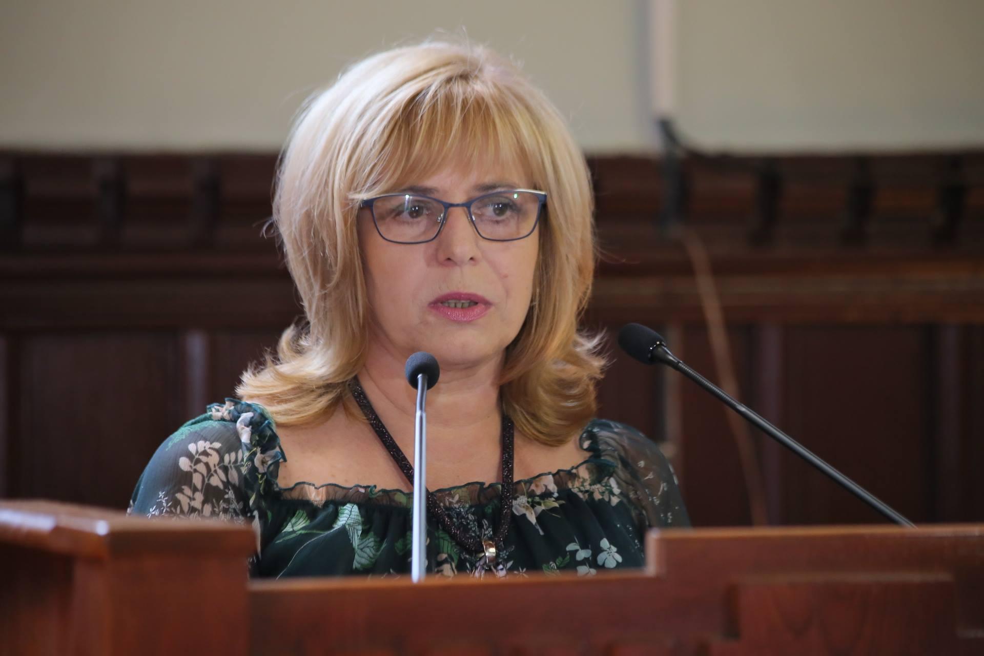 Очільник медицини Мукачева нагадала правоохоронцям, хто встановлює істину