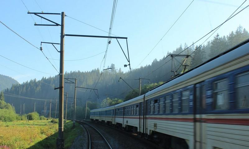 """На маршруті електрички """"Мукачево–Стрий"""" додано нову зупинку"""