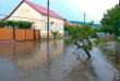 Наслідки негоди: вулиці міста перетворилися на ріки