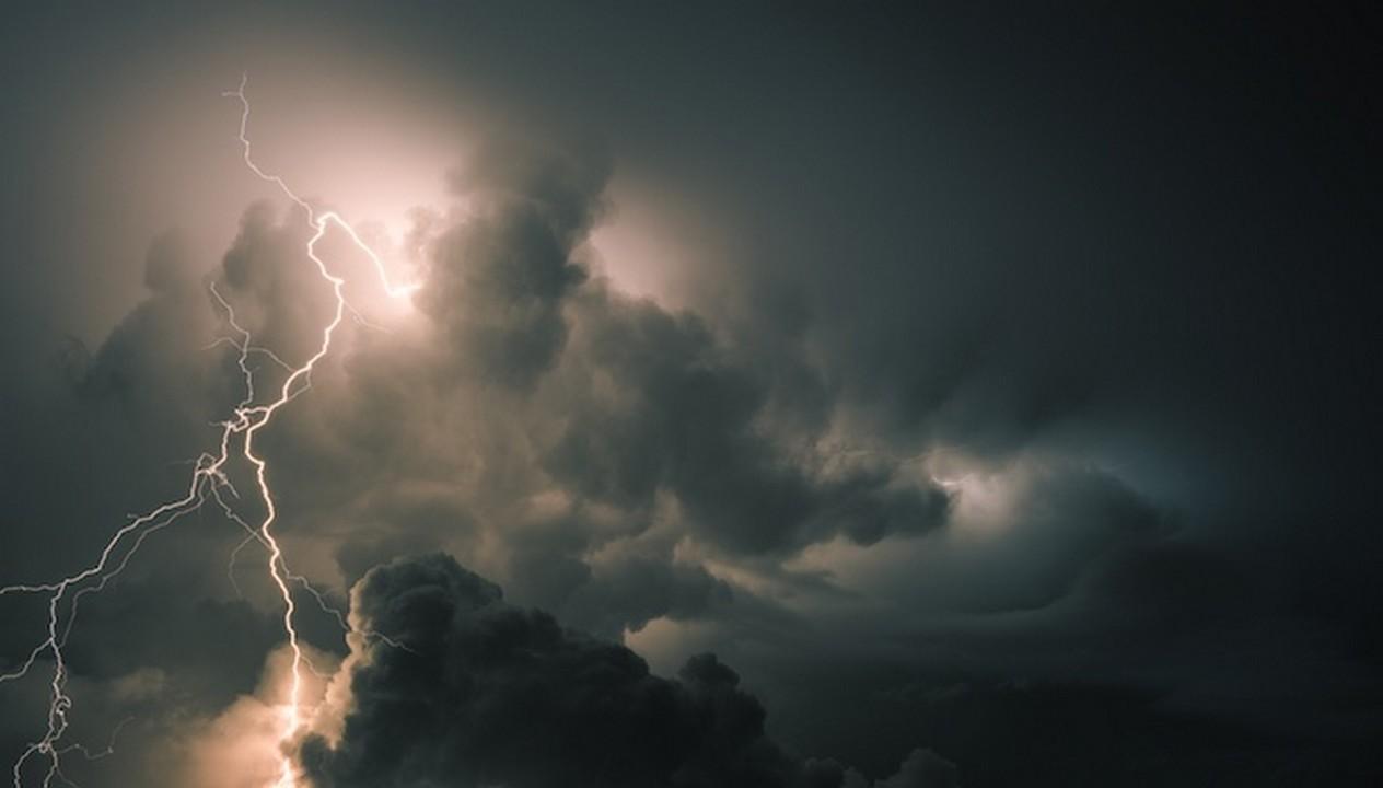 В другій половині дня та ввечері 11 липня Закарпатську область накриють грози
