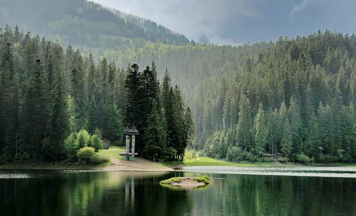 На озеро Синевир кілька днів не пускатимуть туристів