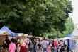 Сири, м'ясо, вино та мед: як в Ужгороді Петрівський ярмарок проходить