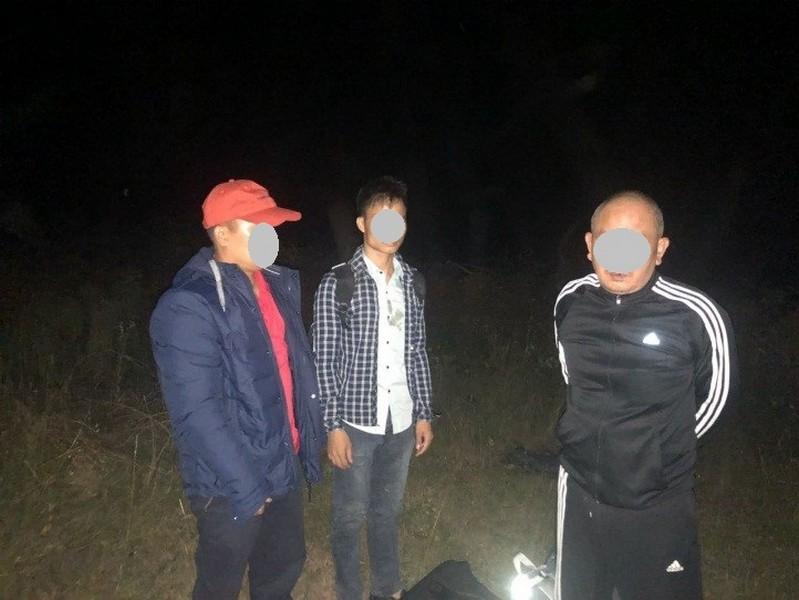 Закарпатець допомагав трьом нелегалам перетнути кордон