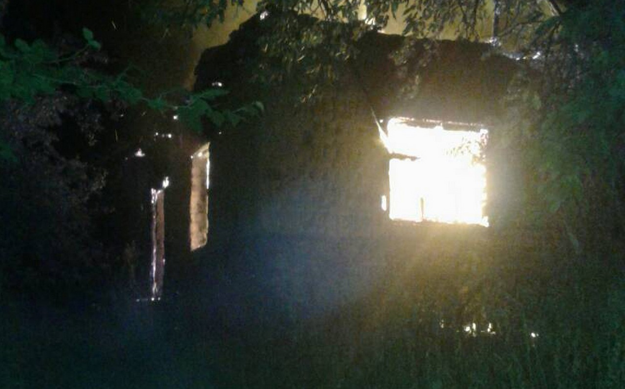Вночі у Медведівцях, що на Мукачівщині, горів будинок