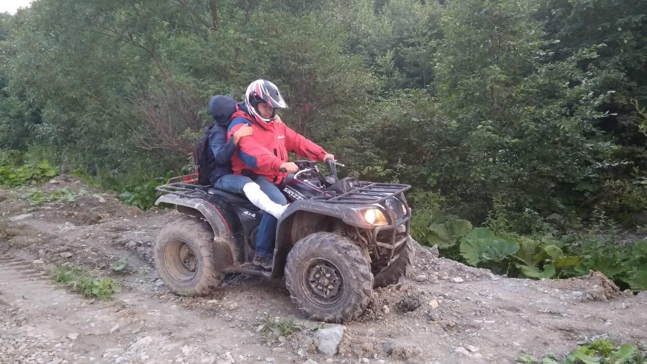 Молодому туристу на Закарпатті знадобилася допомога рятувальників