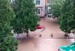 Страшна злива перетворила вулиці закарпатського міста на ріки
