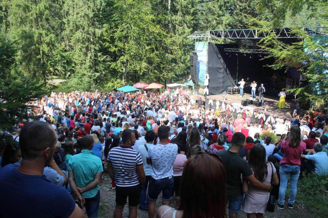 Відома кількість туристів, які відвідали колоритний закарпатський фестиваль