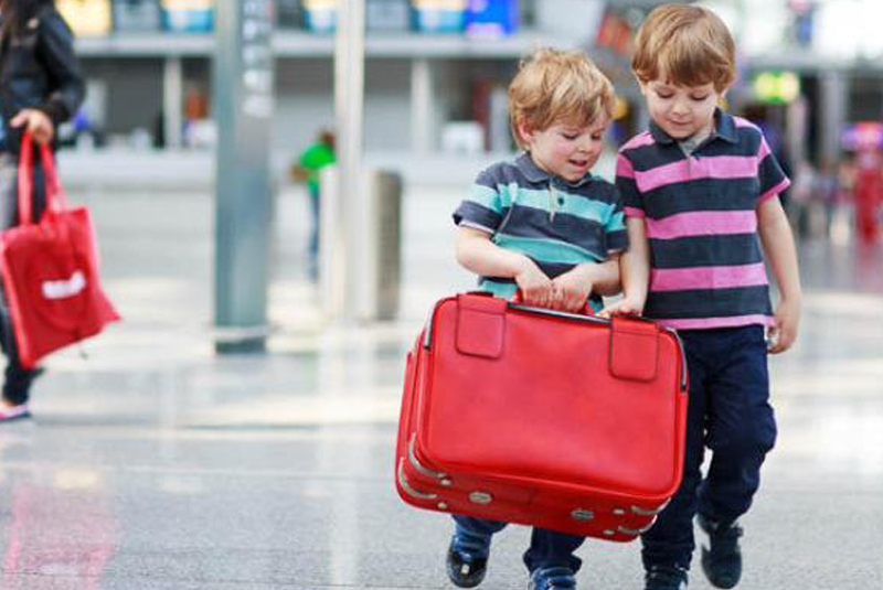 В Україні змінився порядок вивезення дітей за кордон