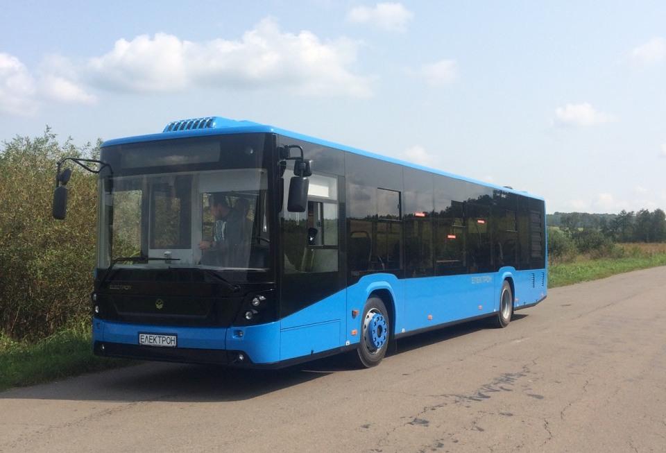 Тестують нові автобуси, які буду курсувати в Ужгороді