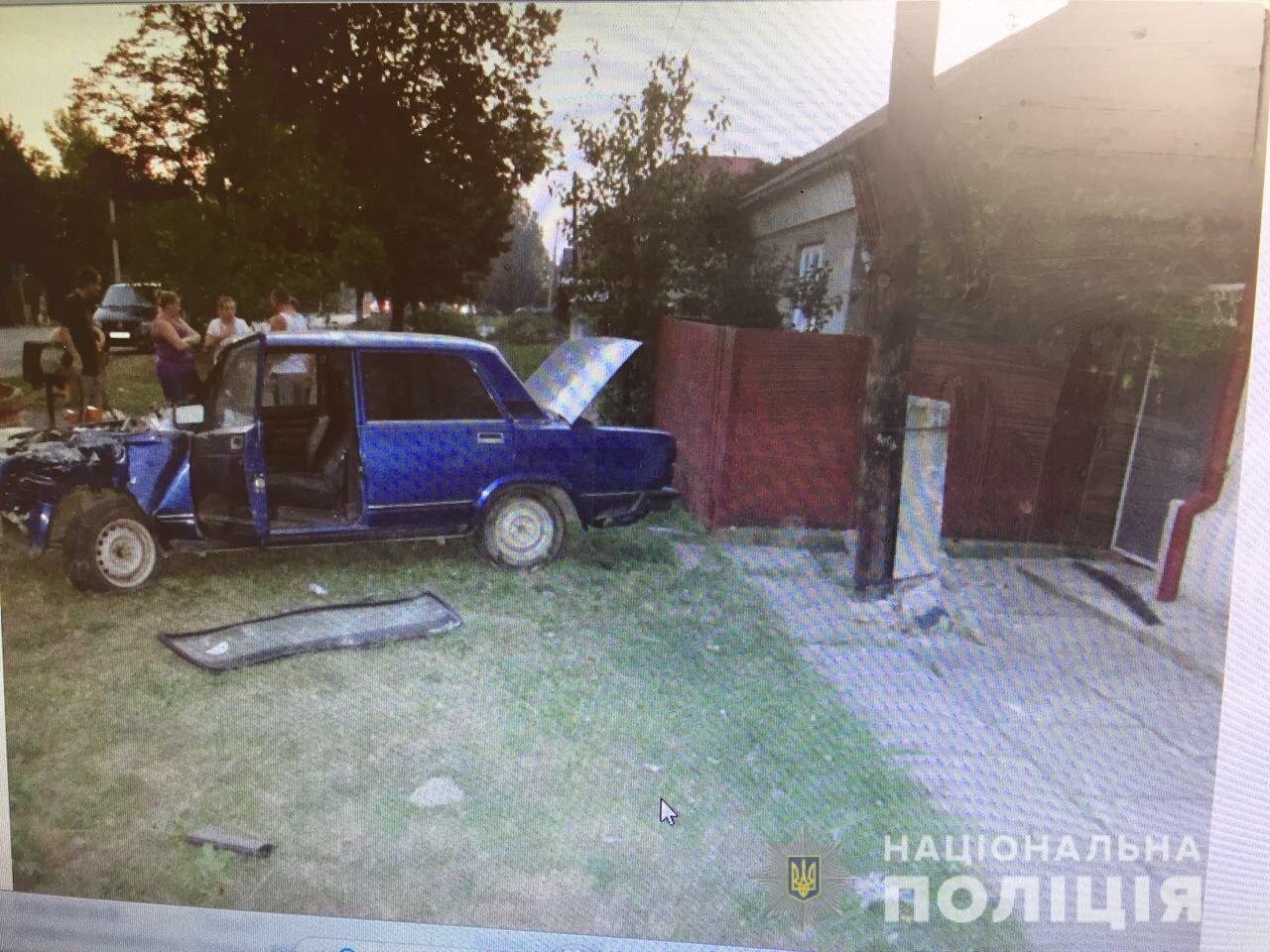 Закарпатець вкрав автомобіль та потрапив на ньому в ДТП