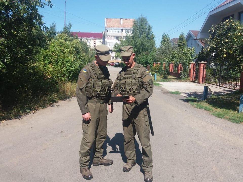 Нацгвардійці в Ужгороді відтепер заступають на службу з планшетами