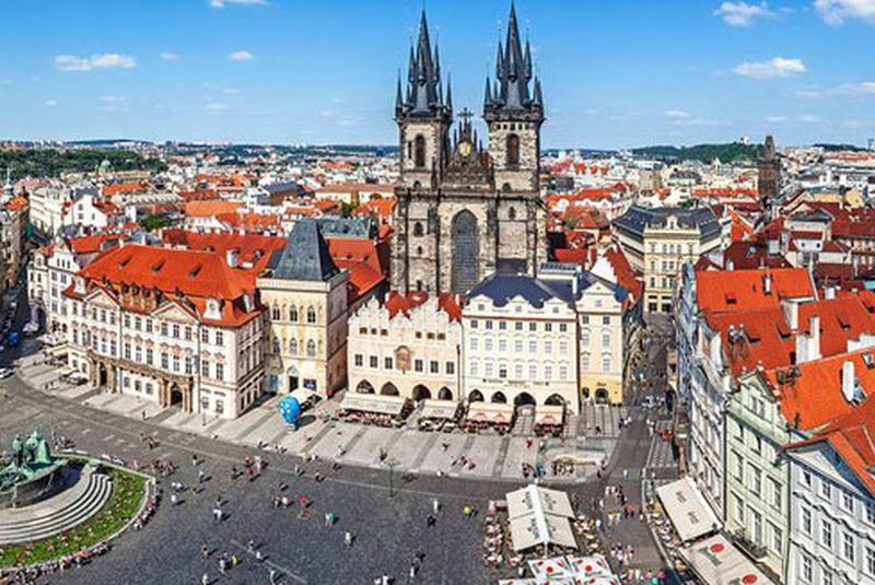 Чехія готується спростити процедуру отримання громадянства для закарпатців