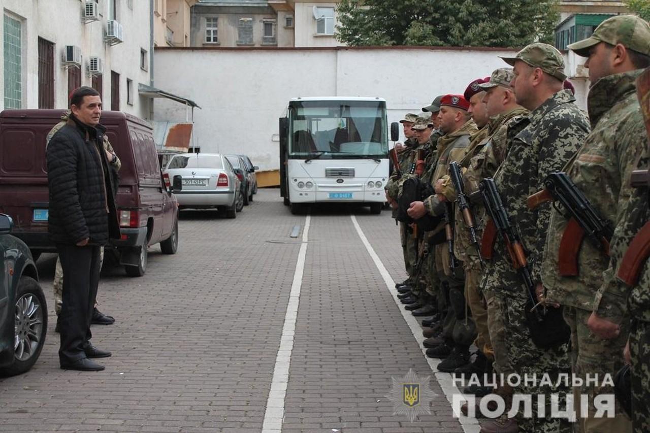 Закарпатські поліцейські вирушили у зону проведення операції об'єднаних сил