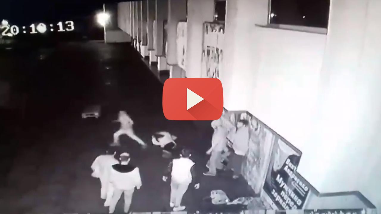 Жорстока бійка в Ужгороді: група молодиків напала на 2 хлопців