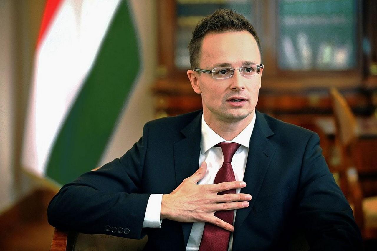 """Міністр закордонних справ Угорщини Петер Сійярто заявив, що за """"кампанією ненависті"""" проти угорців стоїть Порошенко"""