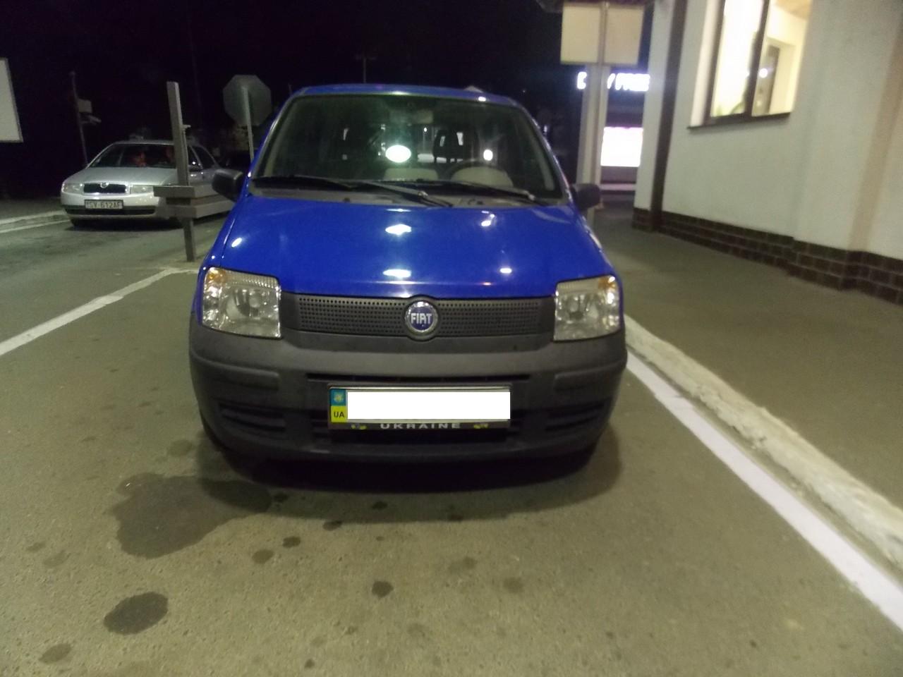Викрадений Fiat затримали на українсько-словацькому кордоні. Спрацювала база даних Інтерпол