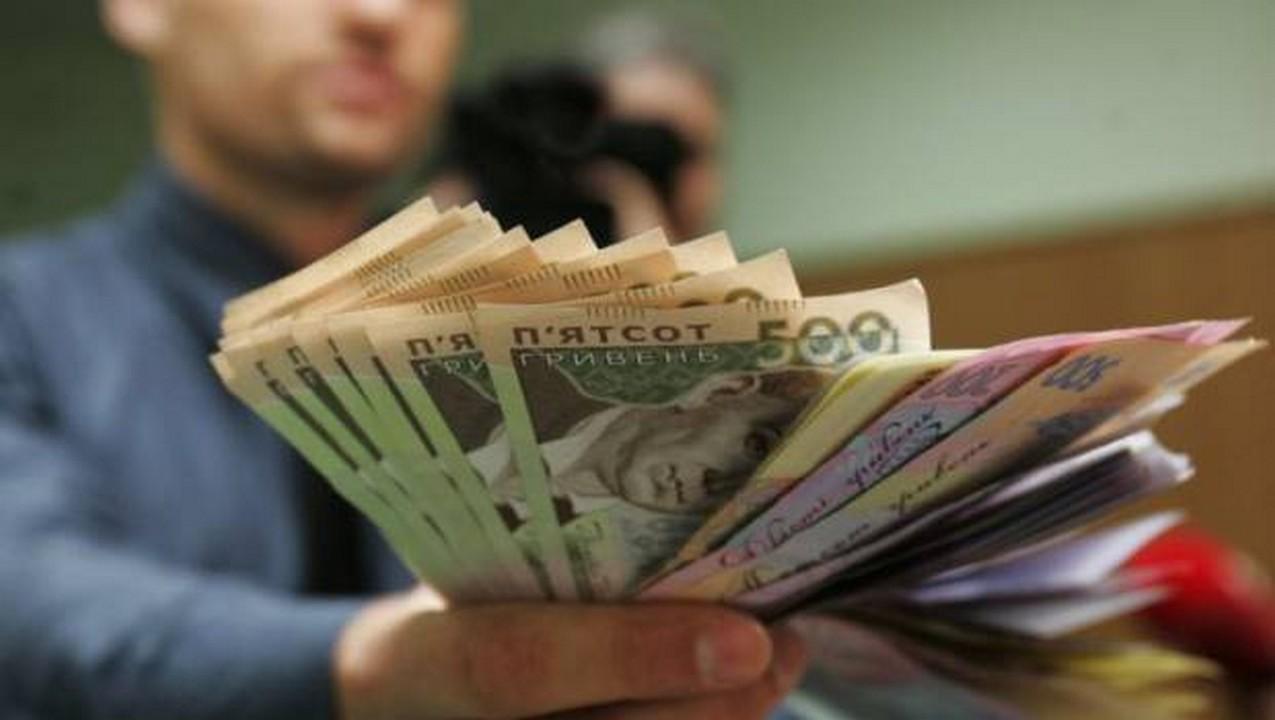 Прем'єр-міністр України Володимир Гройсман заявив, що у 2019 році мінімальна зарплата зросте до 4 173 грн