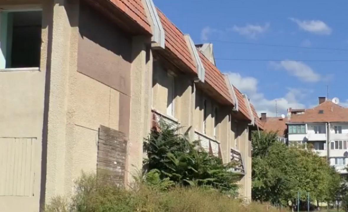 В Ужгороді колишня музична школа перетворилася на притулок для безхатьків