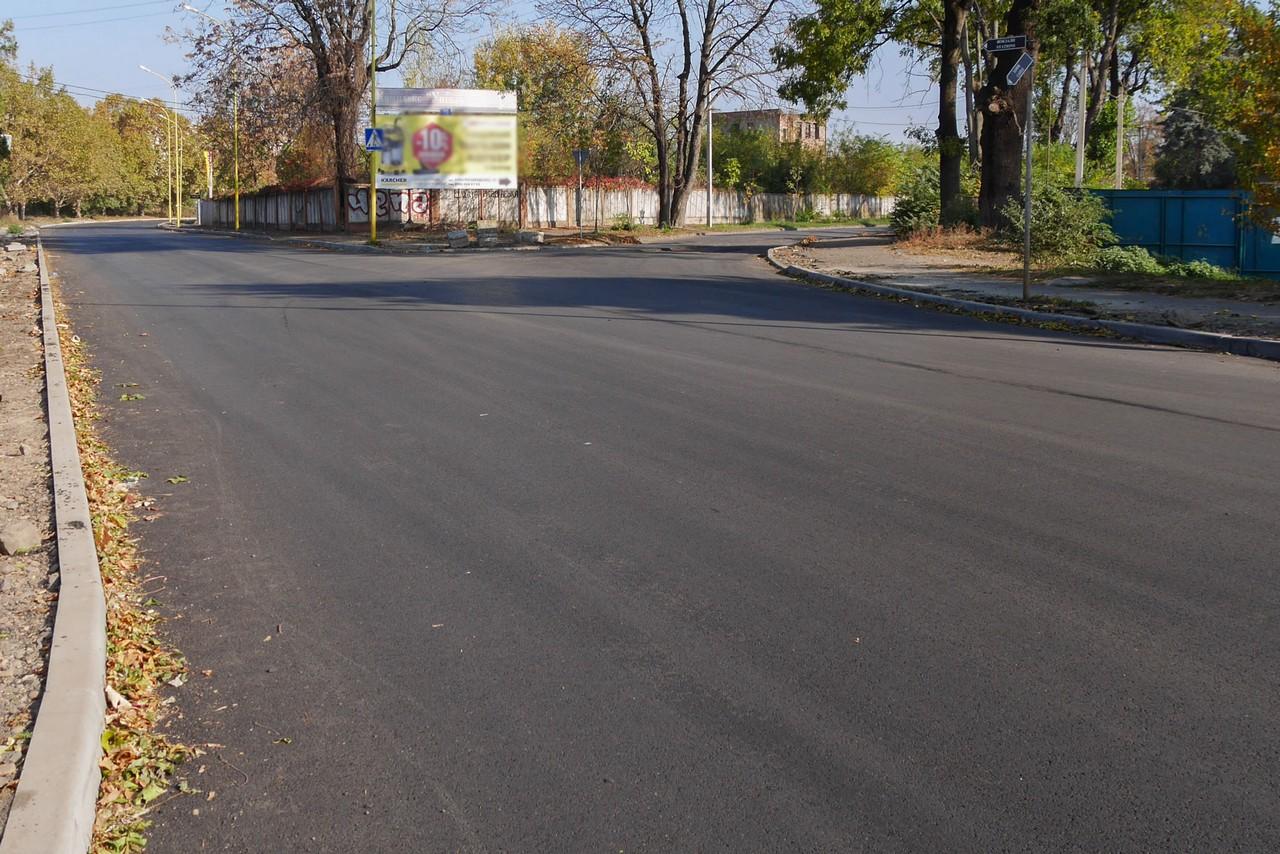 В Ужгороді вулицю Шумну, яку капітально ремонтували, відкрили для руху автотранспорту