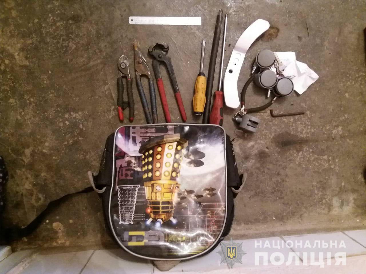 Закарпатські поліцейські розповіли про пограбування сільської ради у Нижньому Коропці, що на Мукачівщині