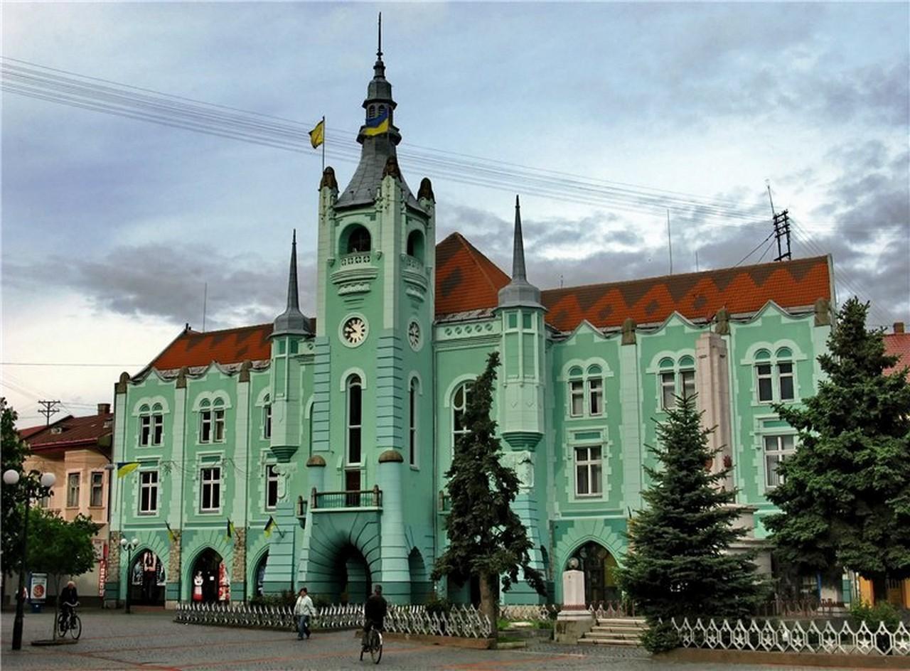 У Мукачеві 26 жовтня відбудеться позачергова сесія міськради, на які говоритимуть про створення Мукачівської ОТГ