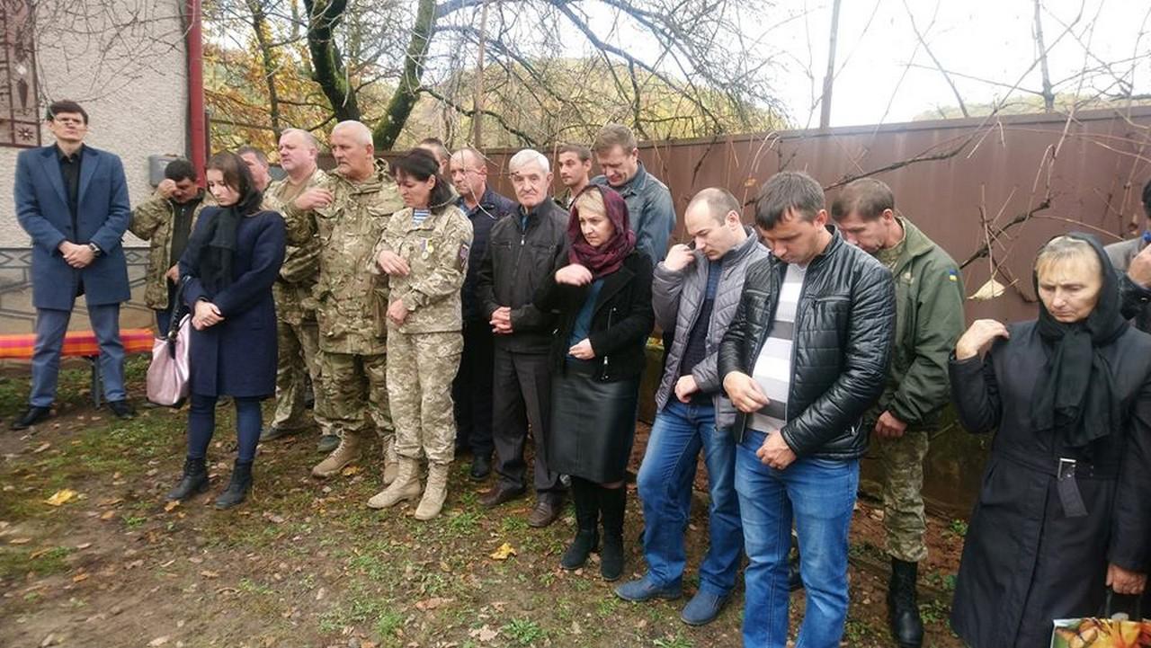В Іршаві поховали загиблого учасника бойових дій Петра Ваша, якого катували на Сході України
