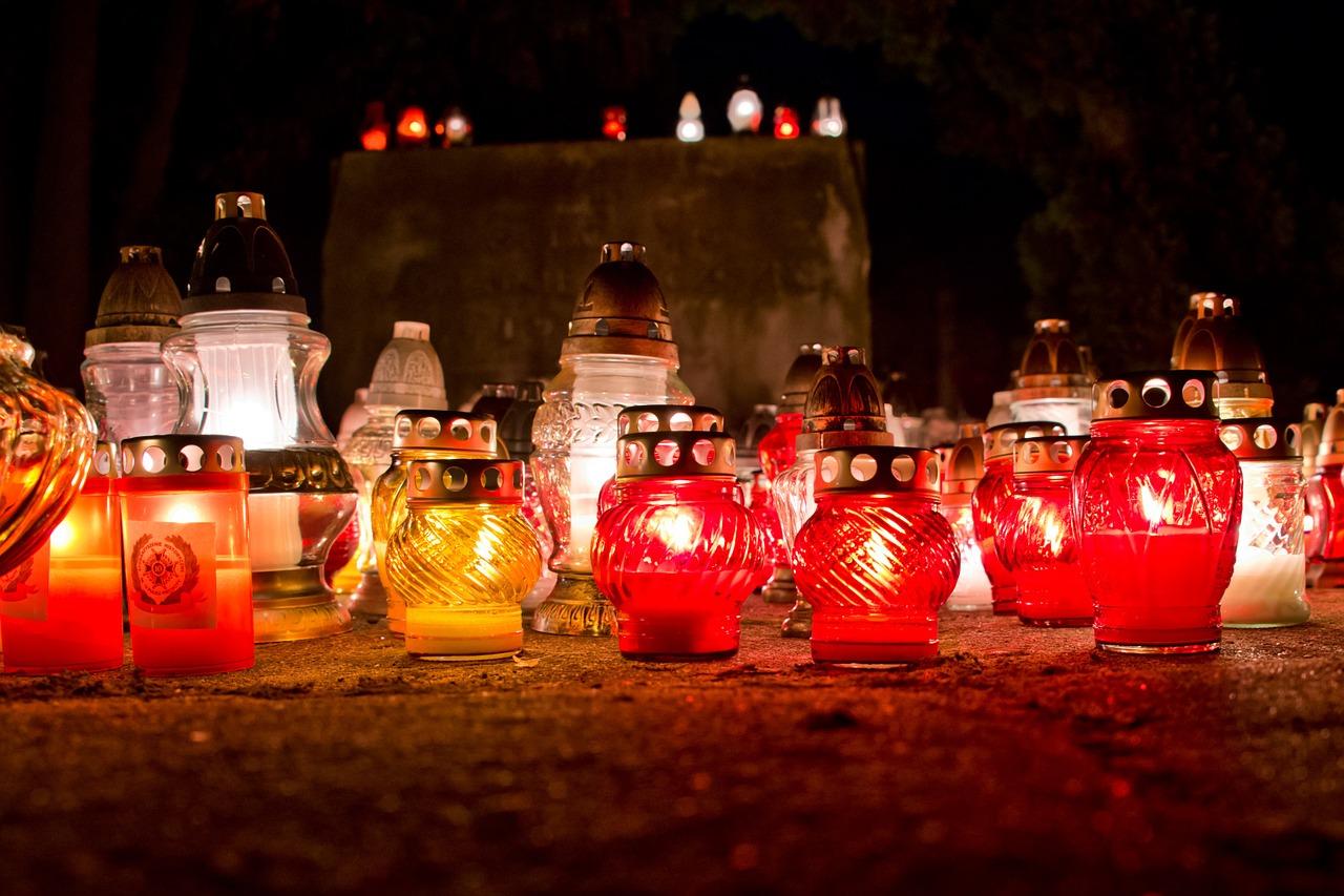 1 листопада на Закарпатті вшановують пам'ять померлих