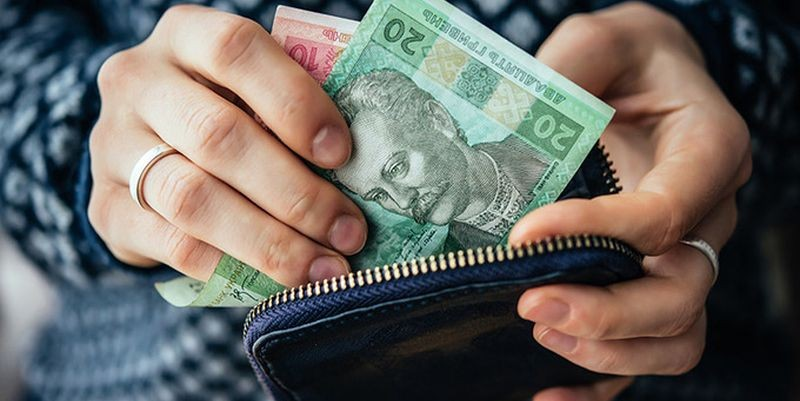 Петро Порошенко заявив, що близько 4,5 мільйона українців отримують мінімальну заробітну плату