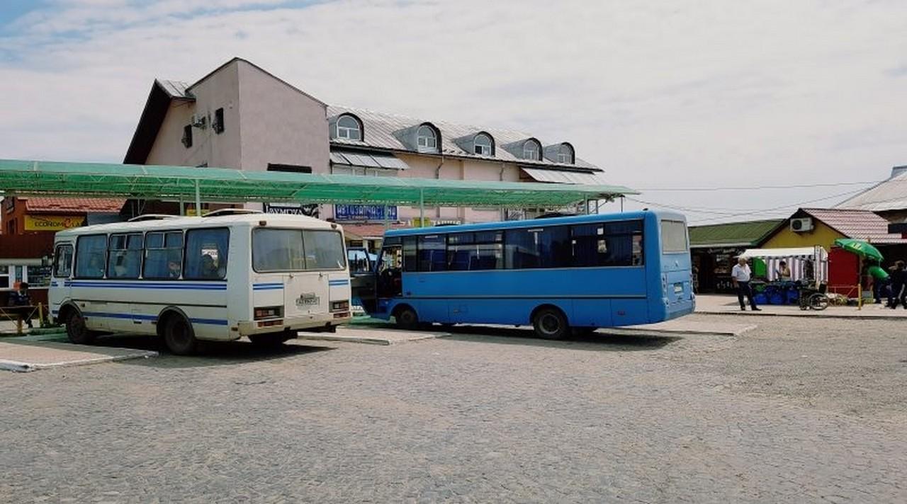 30% рейсових автобусів у Іршавському районі не курсують. Села залишились відрізаними від транспортного сполучення