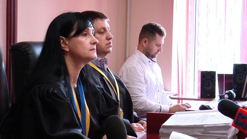 У Мукачівському міськрайонному суді відбулось чергове судове засідання у справі вбивства Михайла Глеби