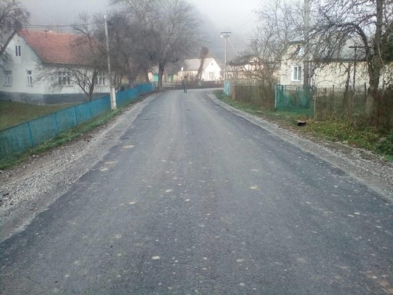 На Перечинщині ремонтували дорогу районного значення Перечин-Свалява – Мокра