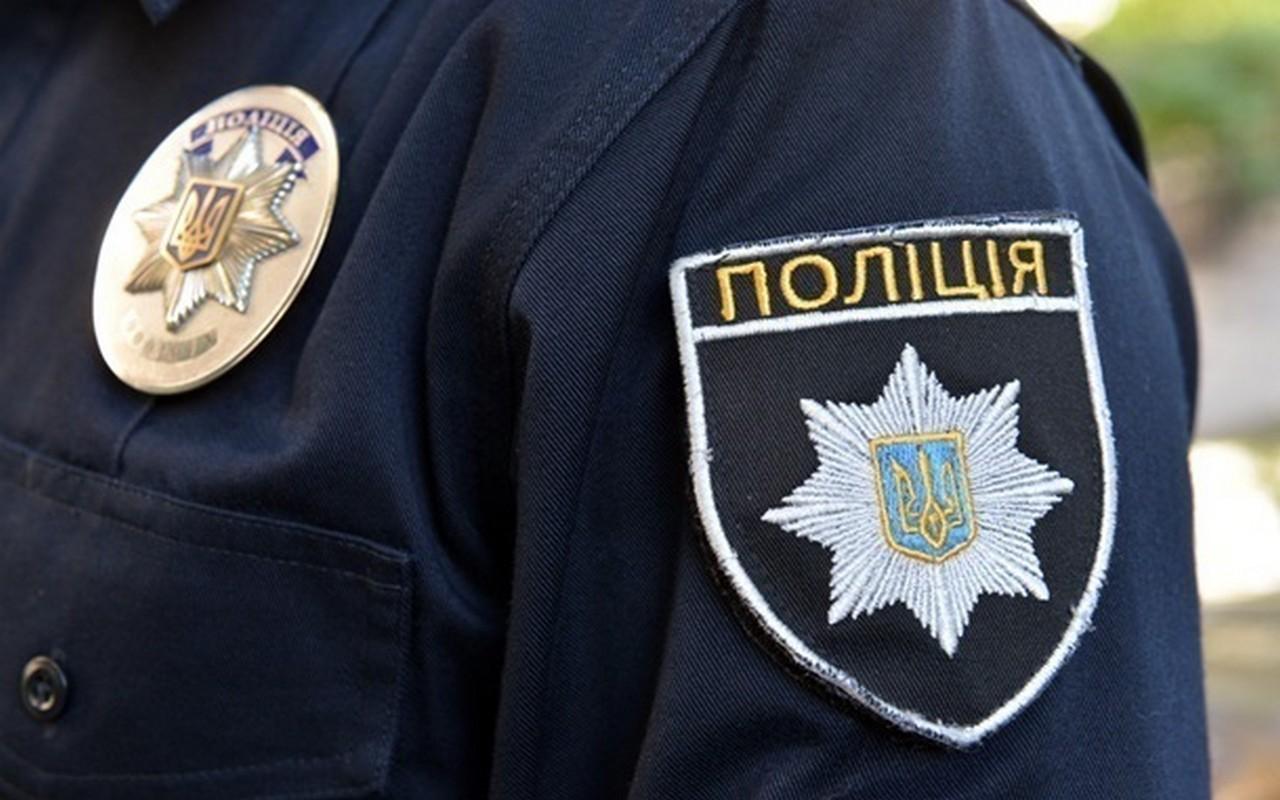 У селі Золотарево, що на Хустщині, п'яний водій намагався побити поліцейських