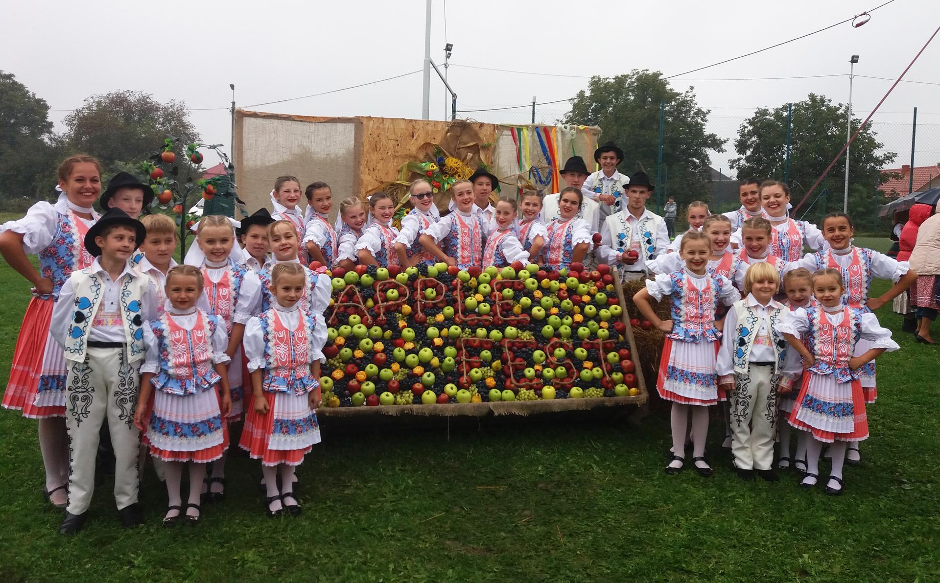 Словаки Закарпаття: як відроджують свою автентичність, культурне життя словаків Закарпаття та як плекають народні традиції