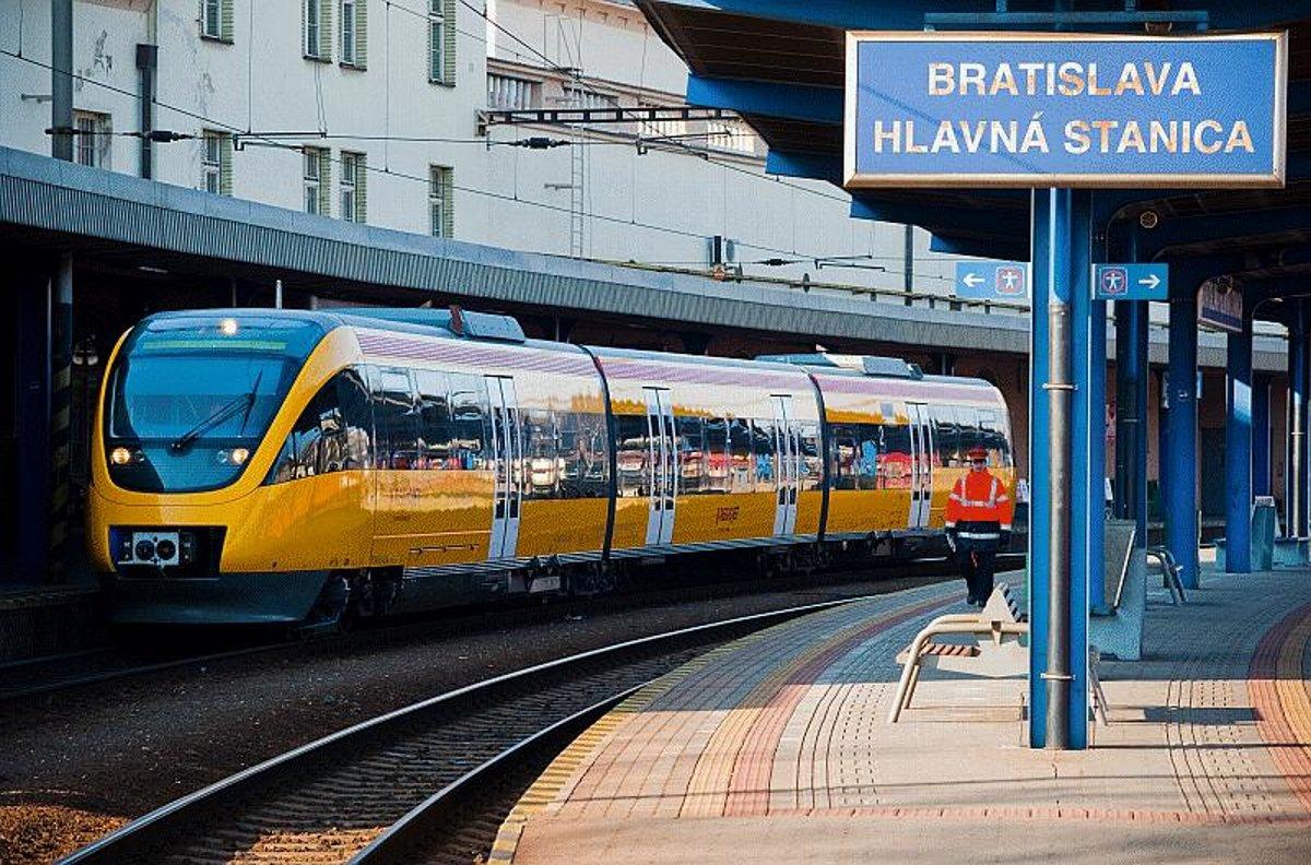 Із Мукачева у Словаччину по євроколії курсуватиме потяг