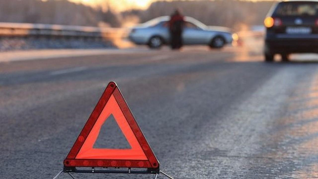 Ввечері у Тячеві автомобіль збив 27-річного велосипедиста