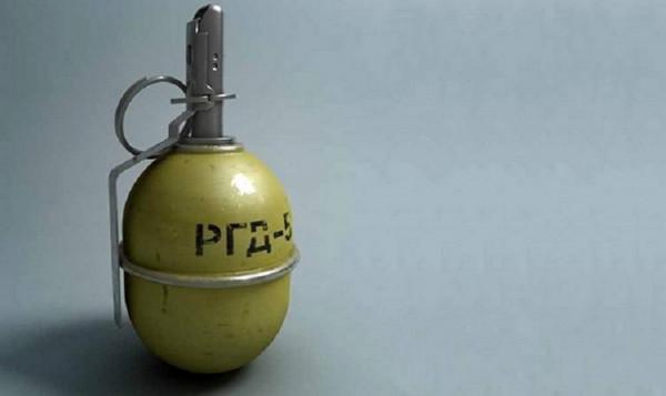 У двір дружини активіста кинули гранату: подробиці від поліції