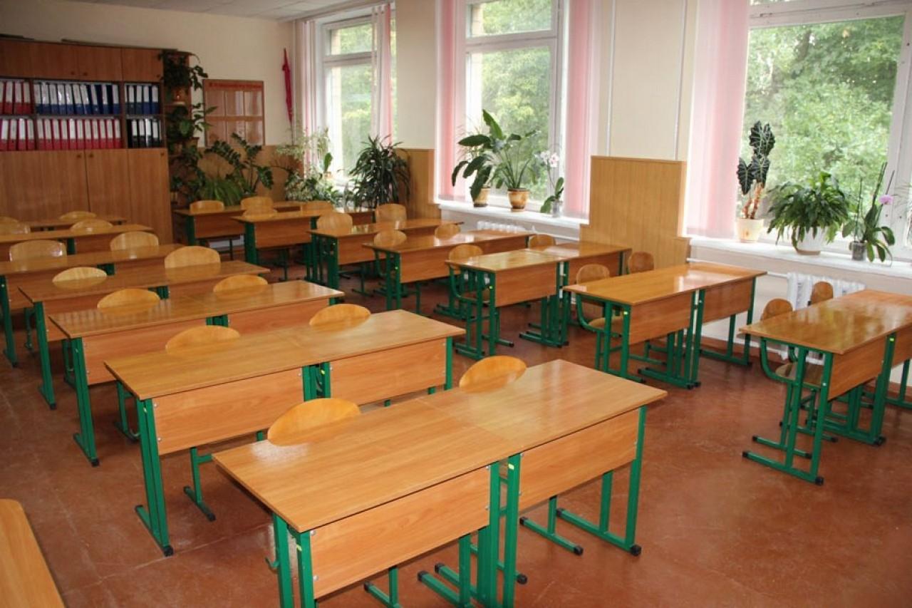 Через пожежу в одній зі шкіл Ужгородщини на кілька днів припинили навчальний процес