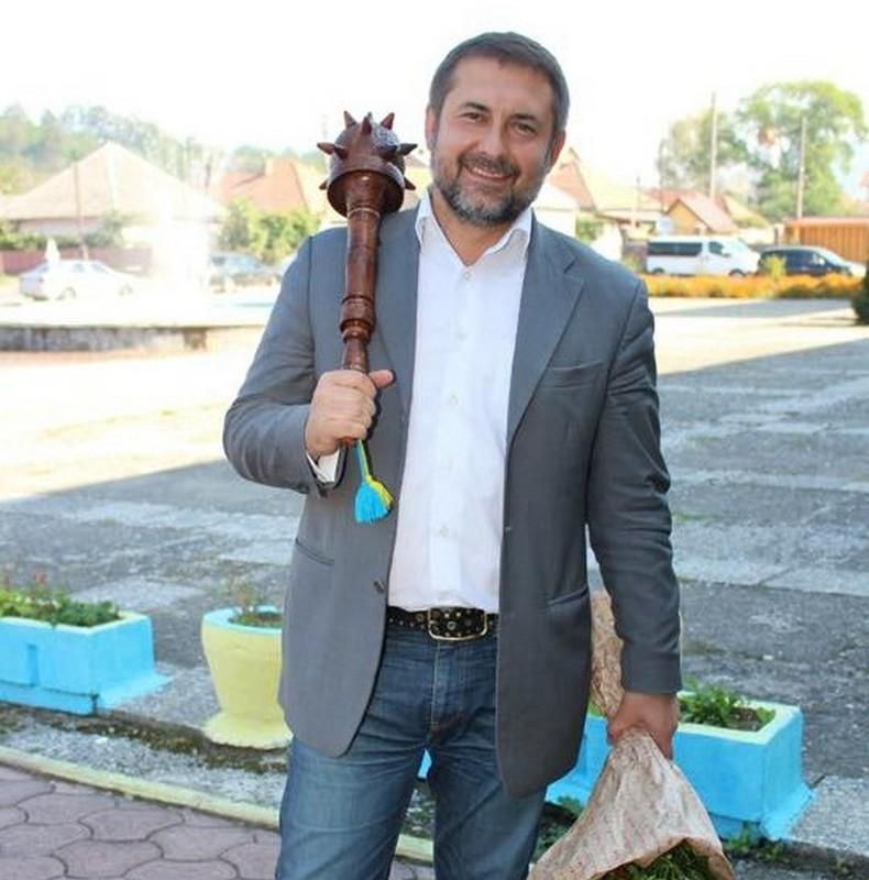 Петро Порошенко звільнив голову Мукачівської РДА Сергія Гайдая